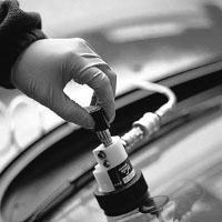 Как убрать трещину на лобовом стекле