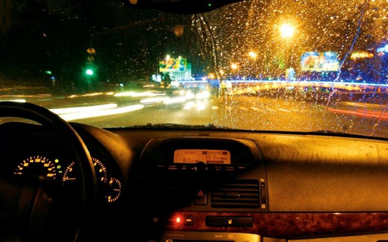 Покрытие антидождь для стекол автомобилей