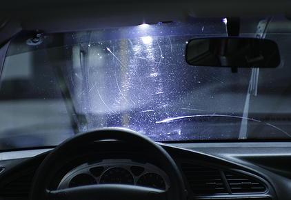 Полировка стекла автомобиля