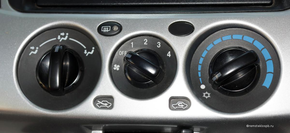 Заправка кондиционера автомобиля в СПб