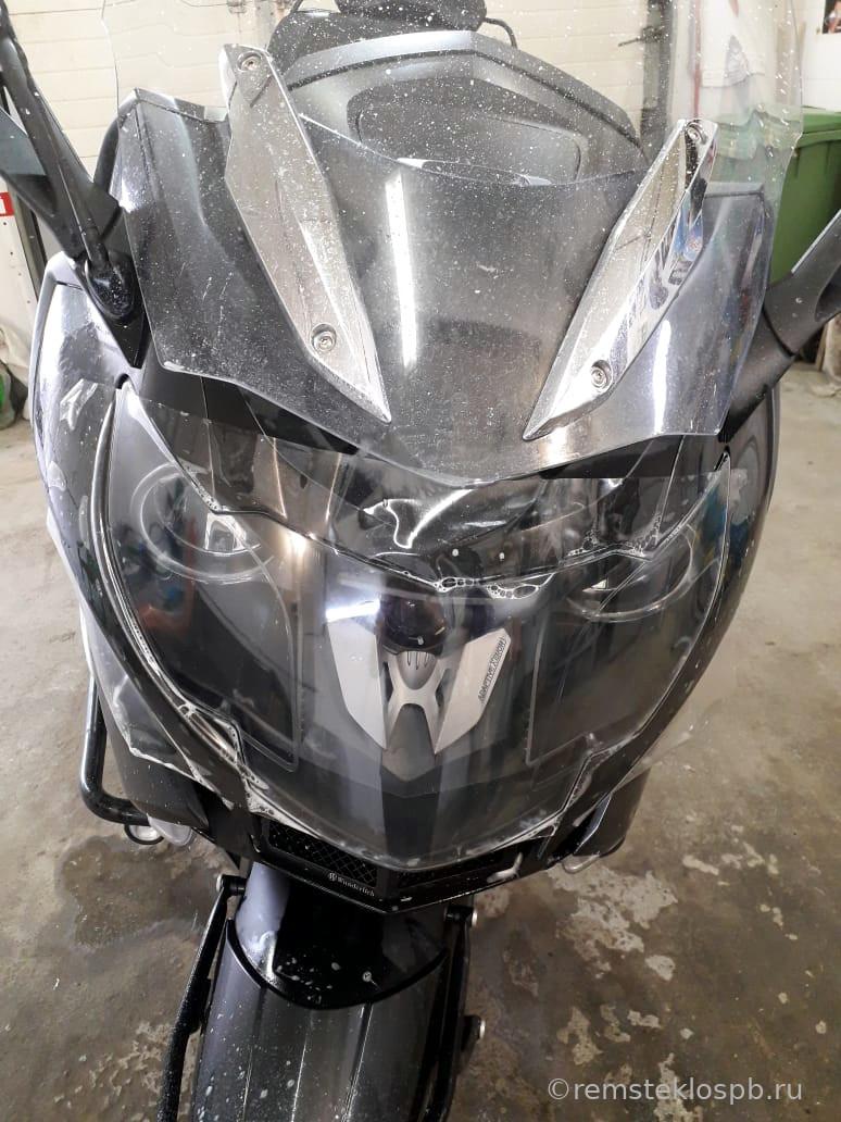 Полировка-бронирование стекла мотоцикла BMW