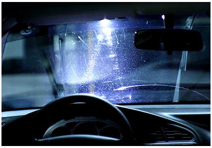 Полировка стекла автомобиля в СПб