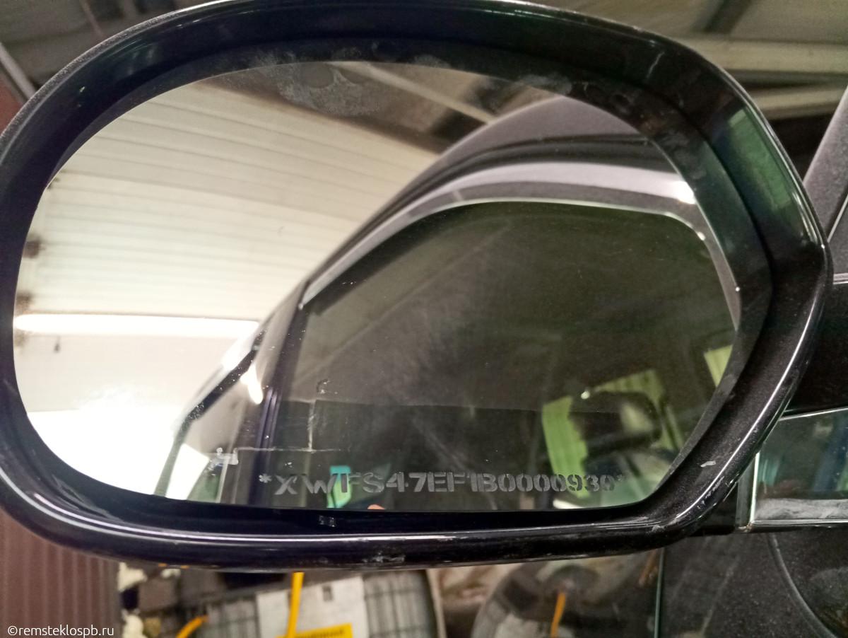 Противоугонная маркировка зеркал на Cadillac Escalade