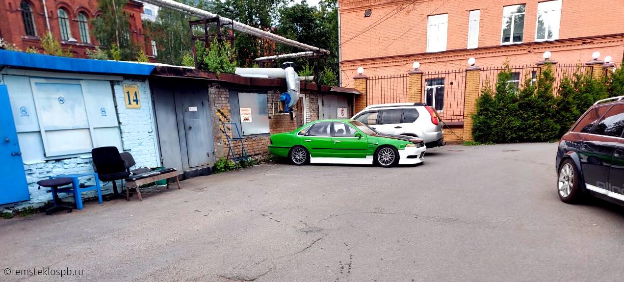 Полировка боковых стекол Mercedes и Maserati
