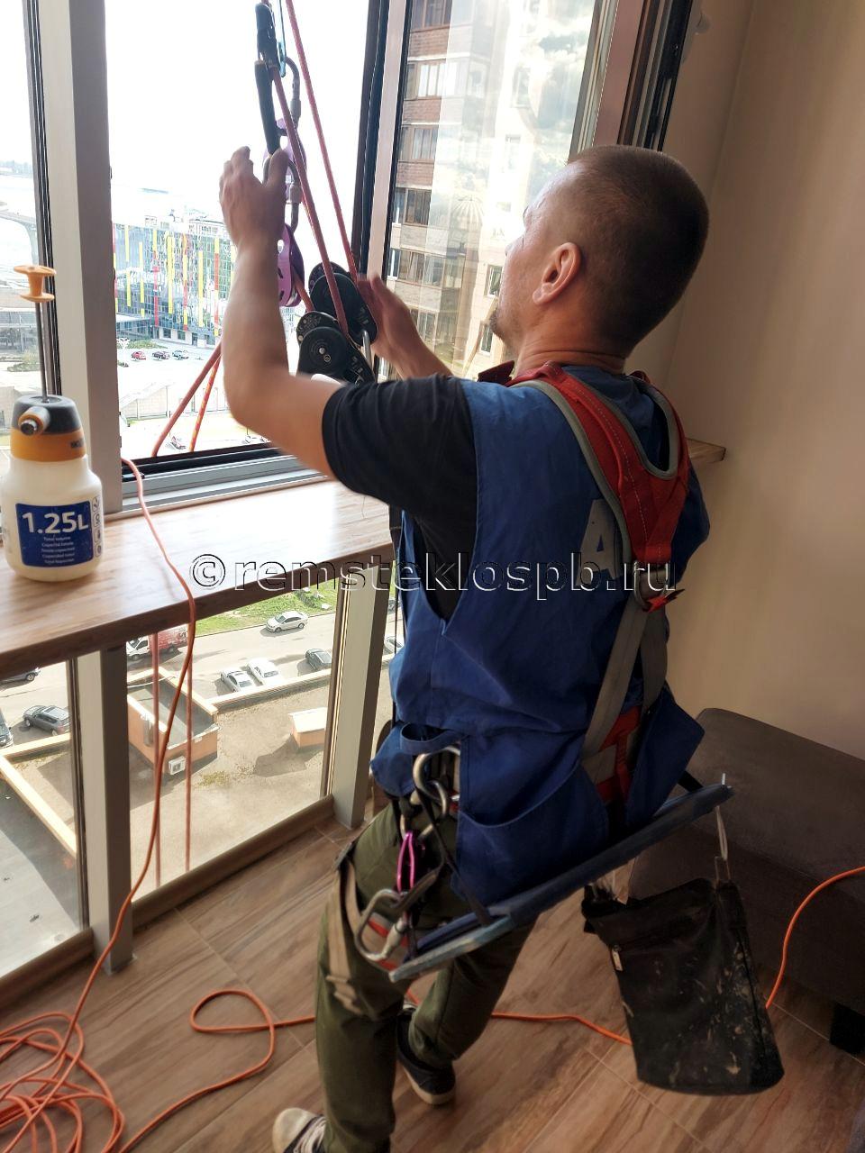 Промышленный альпинизм и минеральный налет на стеклах
