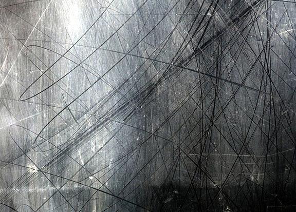 Строители и штукатуры поцарапали стекла